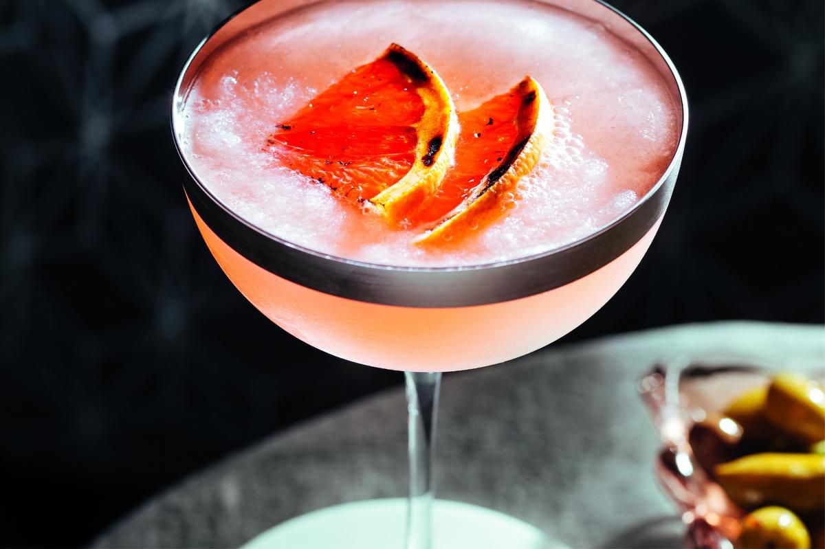 Grapefruit Cocktails Are The Perfect Summer Drink photo