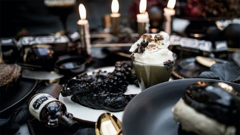 This Goth Christmas In July Feast Will Brighten Your Dark Heart! photo