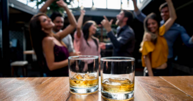 Got An American Mate? Here's How To Get A Free Drink With Them Tomorrow photo