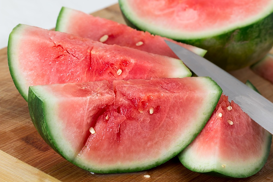 Watermelon is as hydrating as a glass of water photo