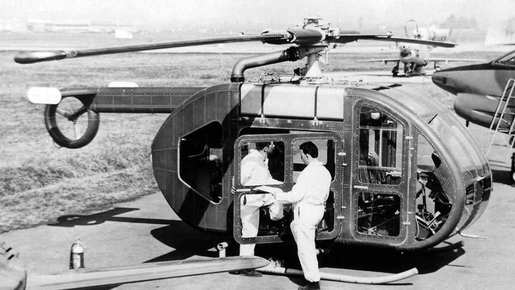 Fiat Made A Helicopter That Looks Like Your Gran's Drinks Cabinet photo