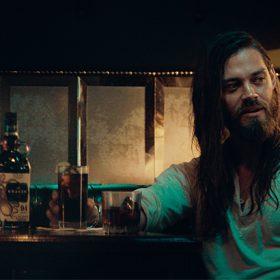 Kraken Hires Walking Dead?s Tom Payne For New Ad photo