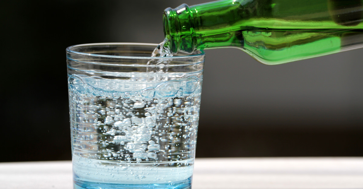 What?s The Difference Between Club Soda, Seltzer, And Sparkling Water? (and Tonic, Too) photo