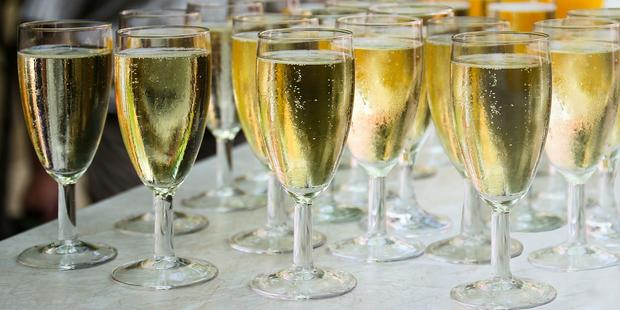 9 Sparkling Wines You Should Try photo