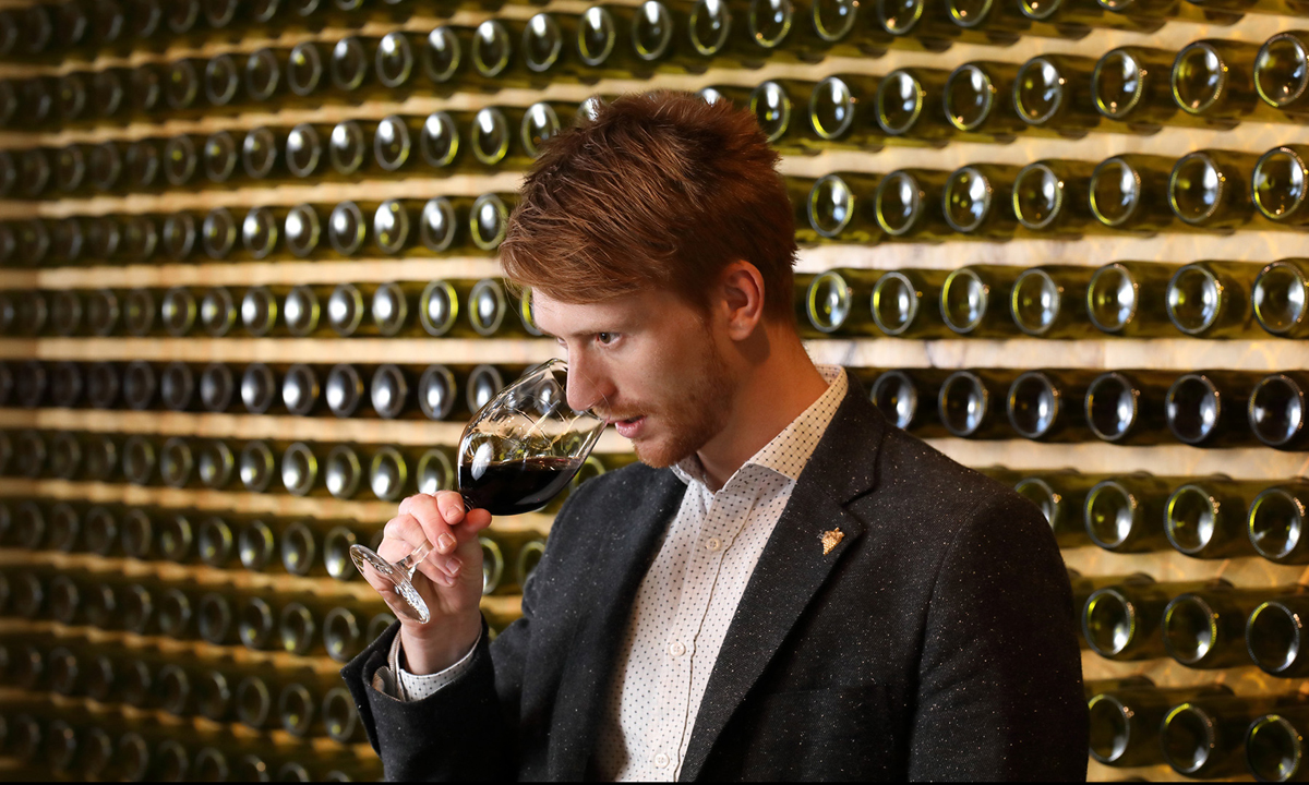 Wined Bar Role A Perfect Fit For Runner Somm photo
