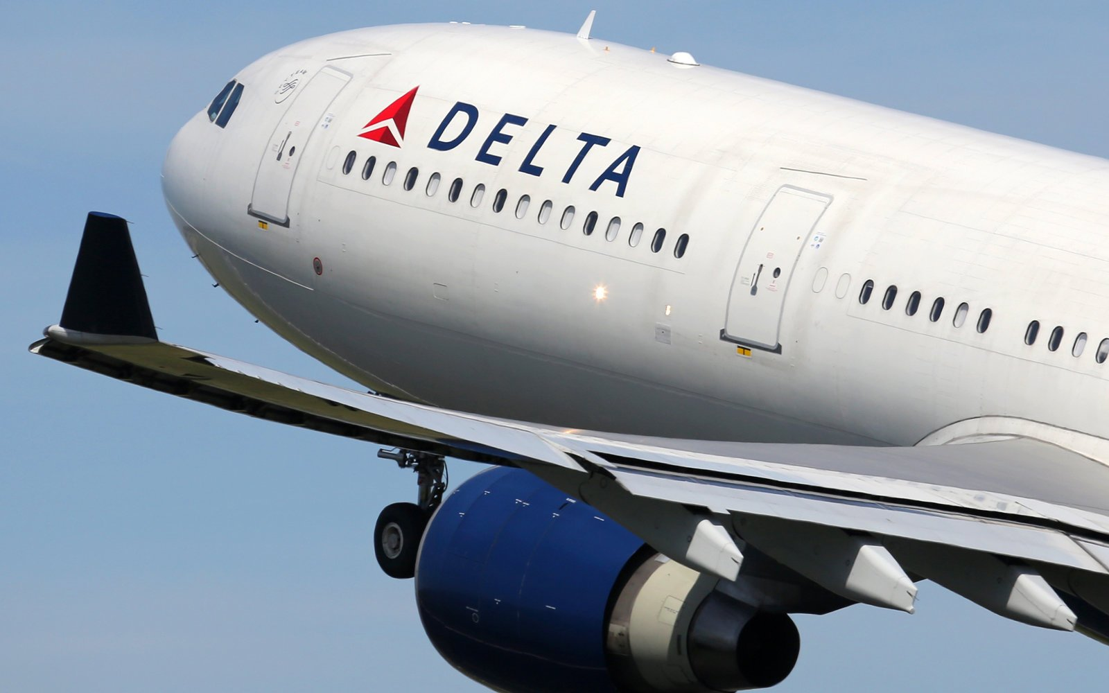 Delta Airlines To Use Facial Recognition In Atlanta?s International Terminal photo