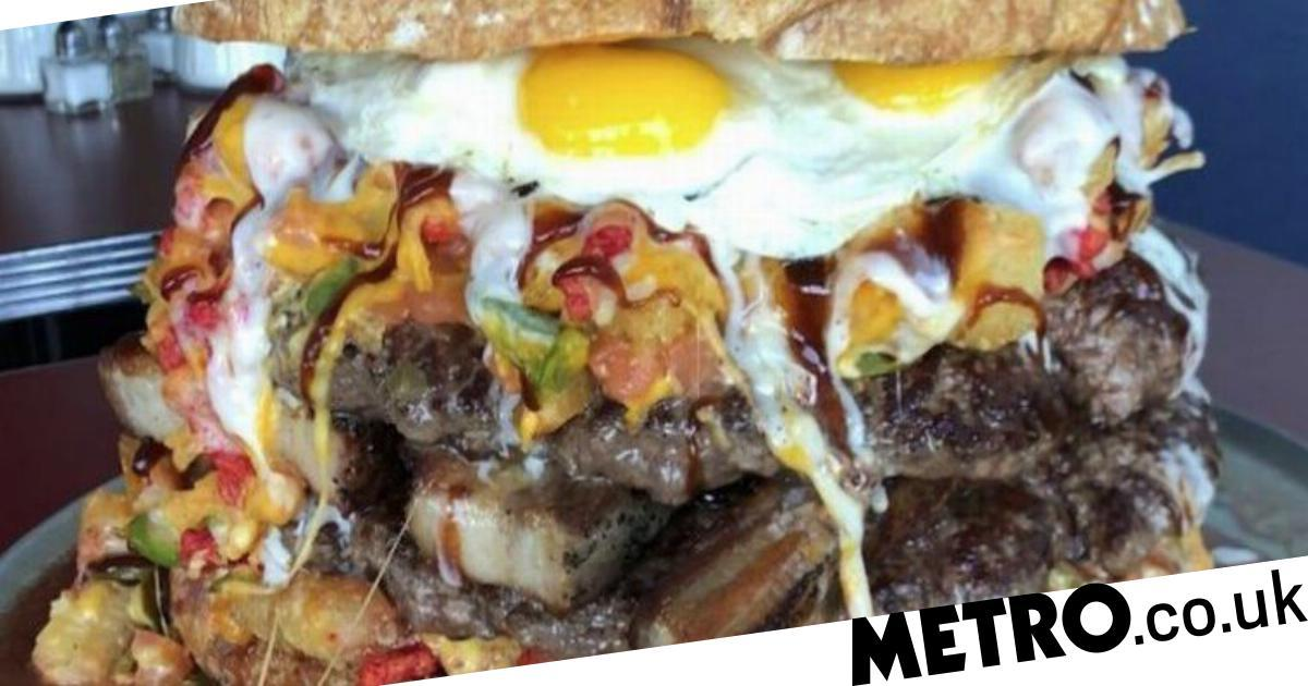People Are Calling On Jamie Oliver To Sort Out This 'mess' Of A Burger photo