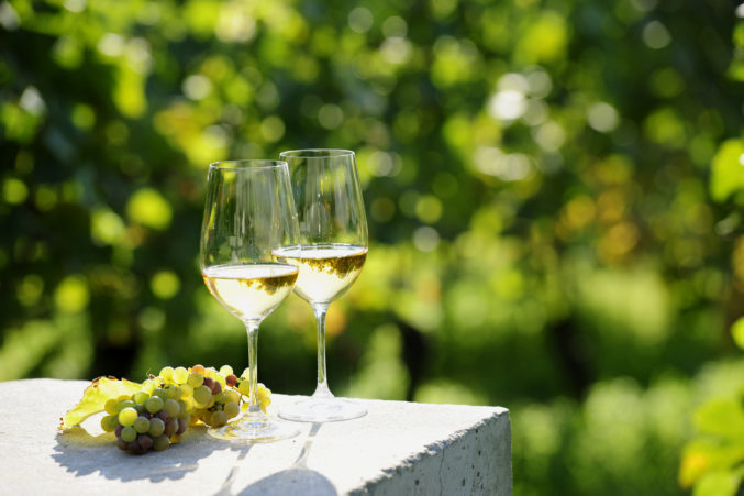 What To Drink Now: White Wines Under $25 photo