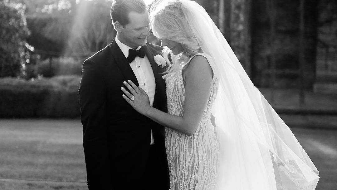 Cricketer Steve Smith And Dani Willis Marry In Southern Highlands photo