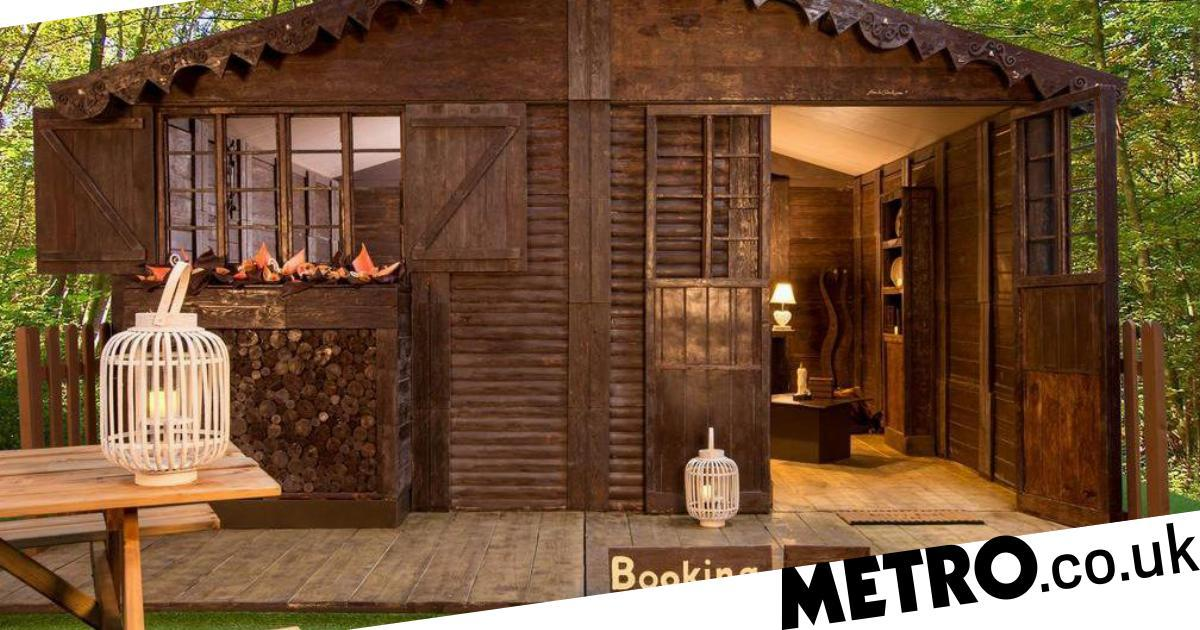 You Can Stay In A Cottage Made Out Of Chocolate For £45 photo