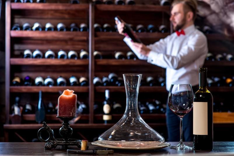 15 Bouteilles De Vin Pas Chères Qui Peuvent Vous Faire Gagner Beaucoup photo