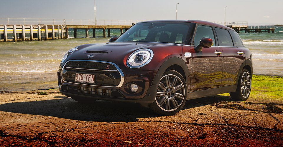 2018 Mini Cooper S Clubman Review photo