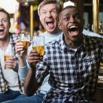 Best alcoholic beverages to drink while watching sports photo