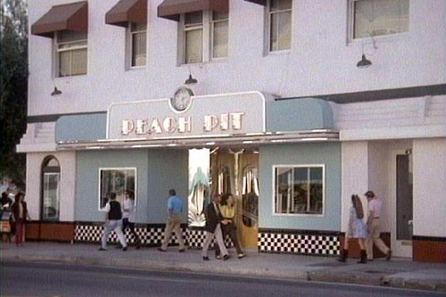4949617849 a11ba6c36d This Bar Serves Beverly Hills 90210 Inspired Drinks