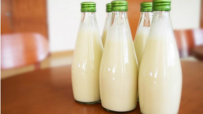 Unik, Diciptakan Vodka Bebas Gula Terbuat Dari Susu ? Viva photo