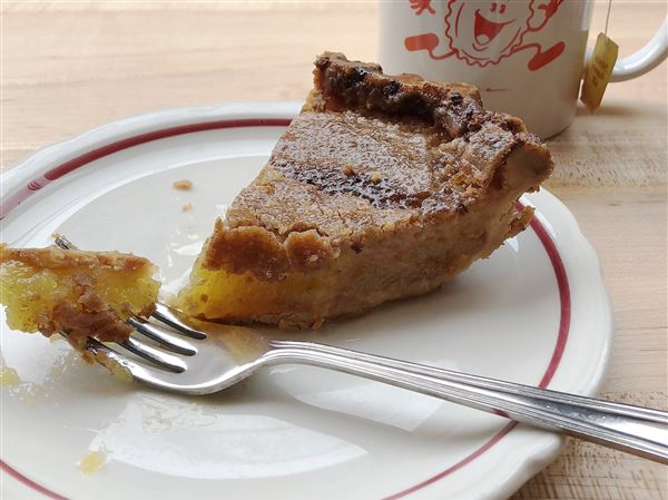 Dining Review: Pie For Breakfast, Pancakes For Dinner At This New Oakland Restaurant photo