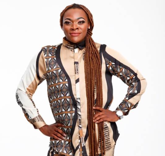 10 Things We Learned About Khaya Dladla On Tropika Smoooth Fan photo
