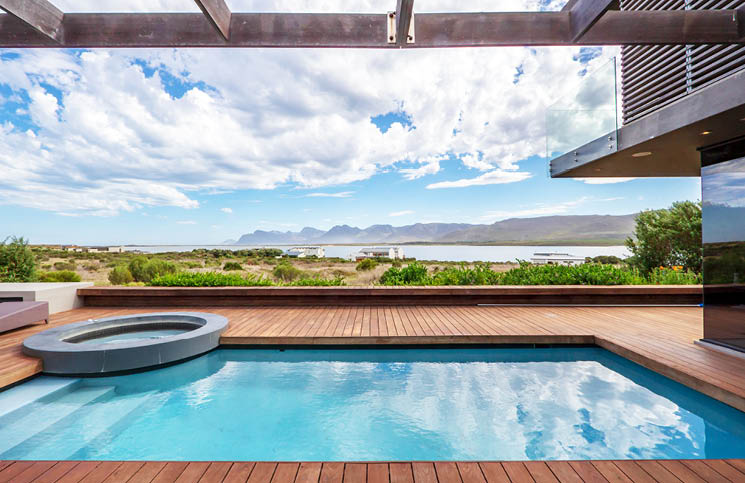 Benguela Cove Lagoon Wine Estate photo