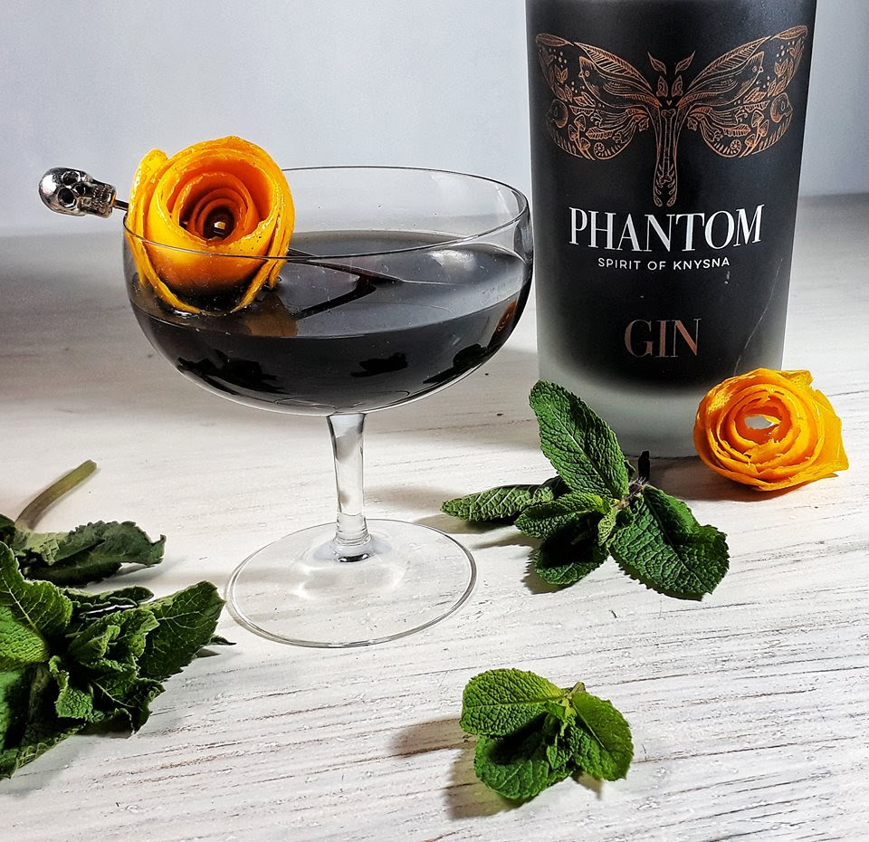 creepitiny Celebrate Halloween With A Few Spooky Phantom Gin Cocktails