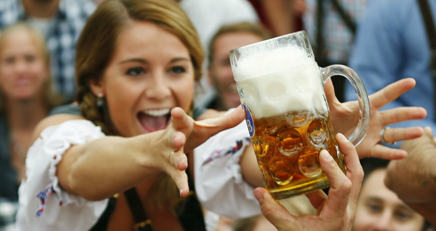 Research Reveals That You're Better At Speaking Foreign Languages After A Few Drinks photo