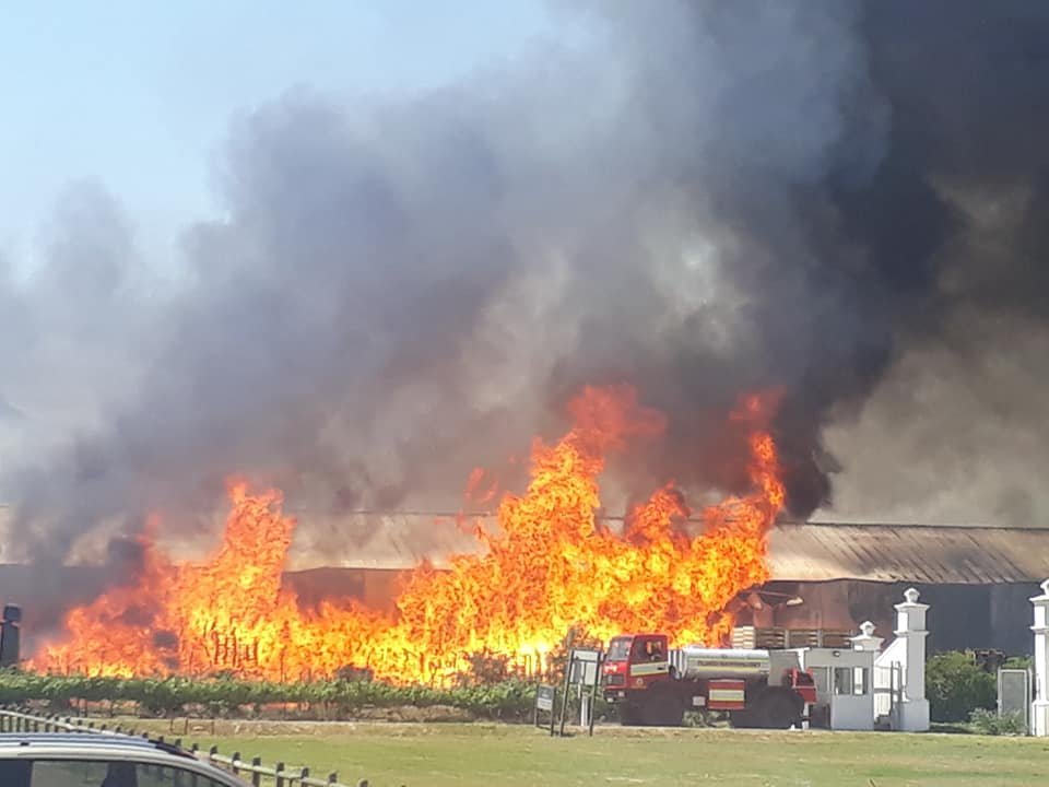 Update: Fire incident at Stellenbosch Vineyards photo