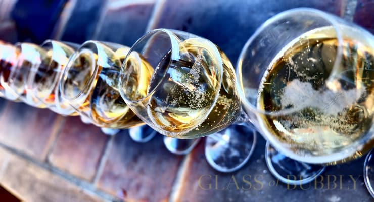 Top 7 Best Affordable Sparkling Wines And Champagnes photo