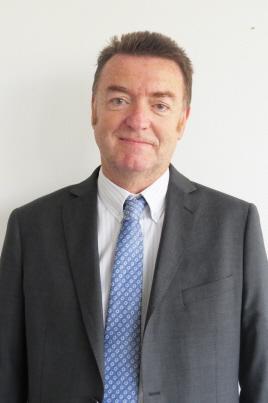 Questions à François Battault, Président Du Syndicat Des Fabricants De Cassis De Dijon photo