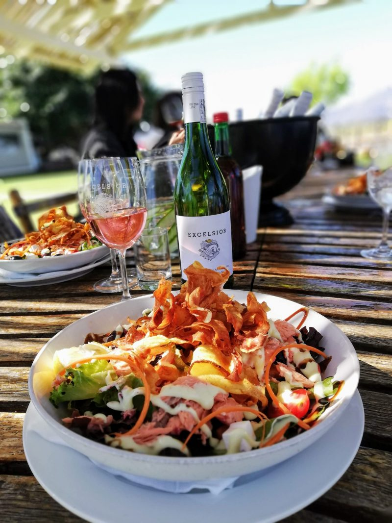 salmon salad excelsior e1538986616692 Eat, Stay and Play at Excelsior Wine Estate in Robertson