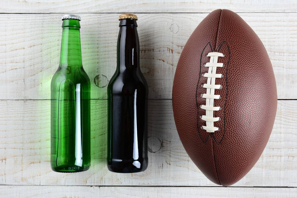 Best alcoholic beverages to drink while watching sports