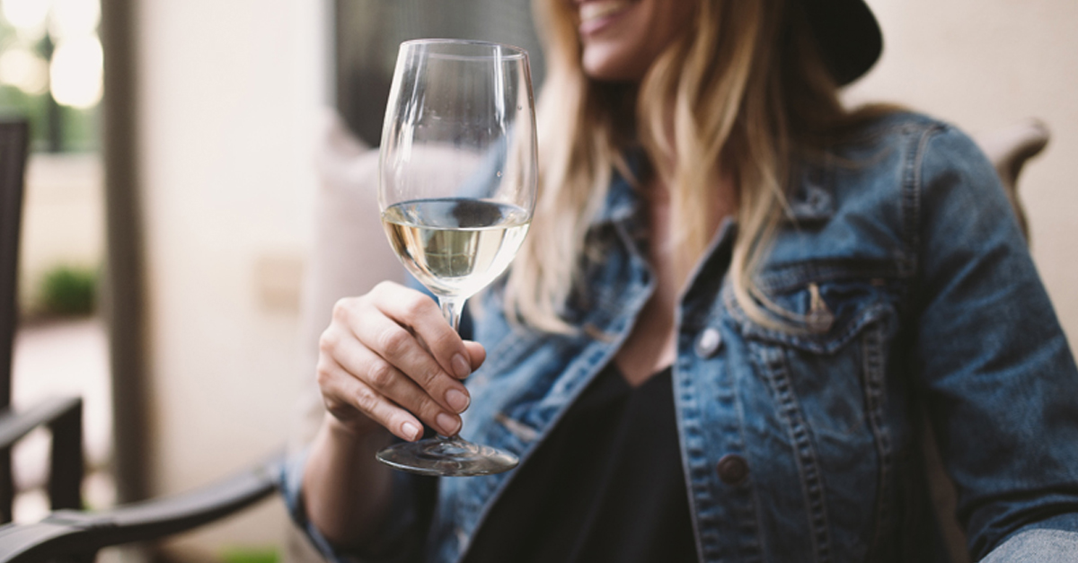 White Blends, The Elegant, Great-value Wines No One Talks About photo