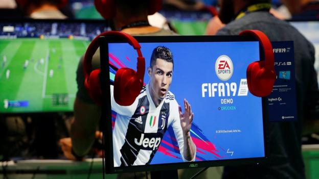 Esports: Uefa Launches Echampions League With $100,000 Prize photo