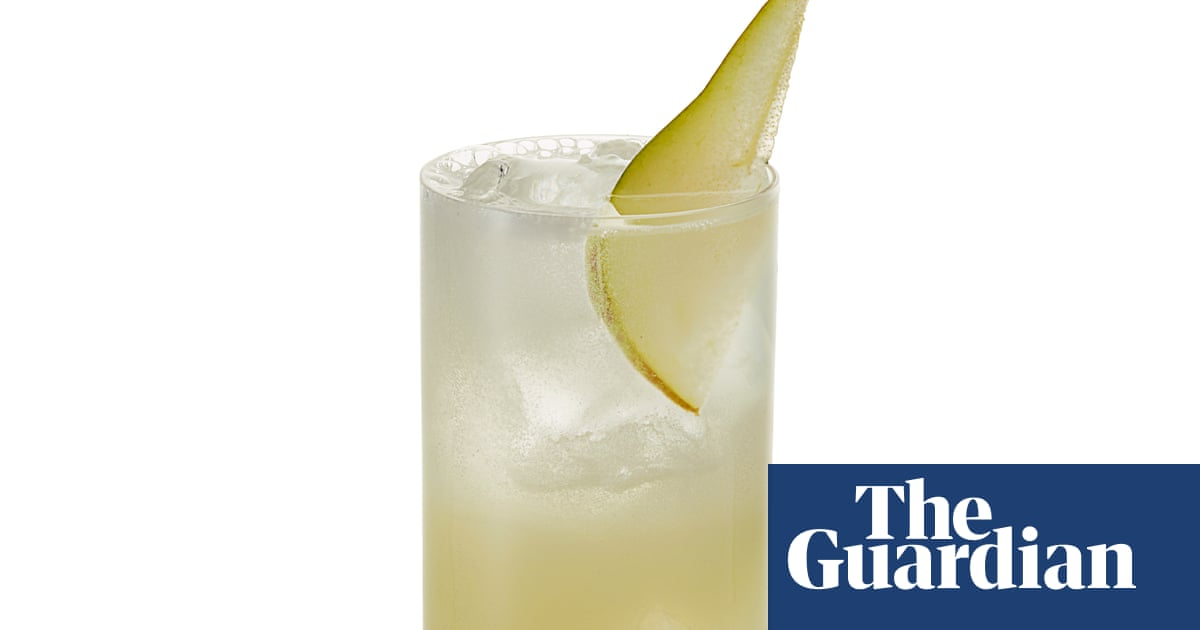 Cocktail Of The Week: The Star Inn The City's I Drink Pearfore I Am photo