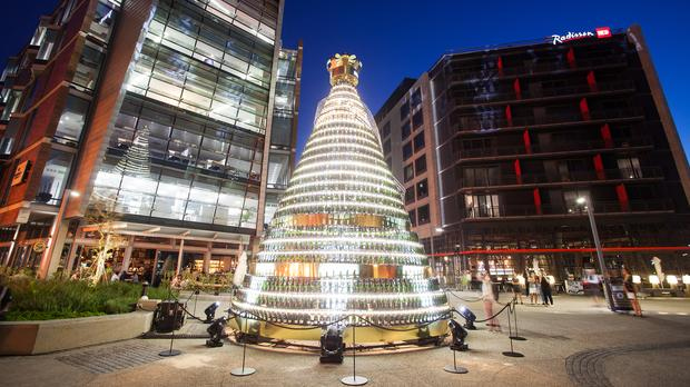 Moët & Chandon Lights Up Cape Town This Festive Season photo