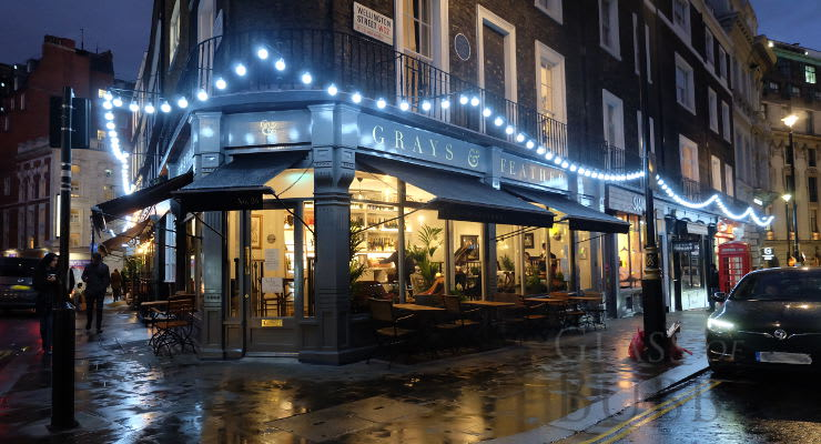 A Sparkling Wine Bar In London photo