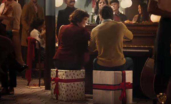 Marketing Daily: Stella Artois Says Being Present Is The Best Present photo