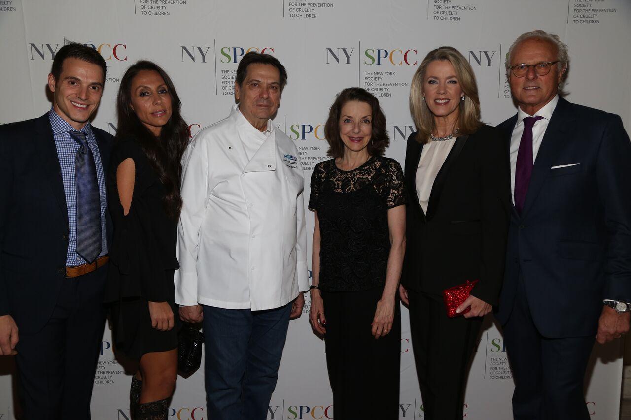 Πραγματοποιήθηκε το ετήσιο γκαλά της Nyspcc με τον ομογενή σεφ Κώστας Σπηλιάδη photo