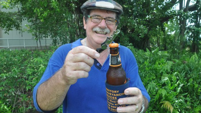 Don't Muck With Darwin's Beer: How A Missed Shipment Of Vb At Christmas Nearly Triggered Bloodshed photo