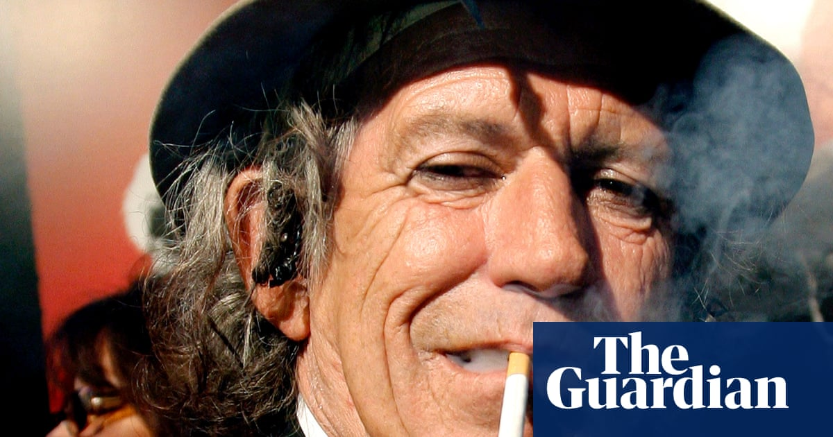 Keith Richards Gives Up Drinking (almost) photo