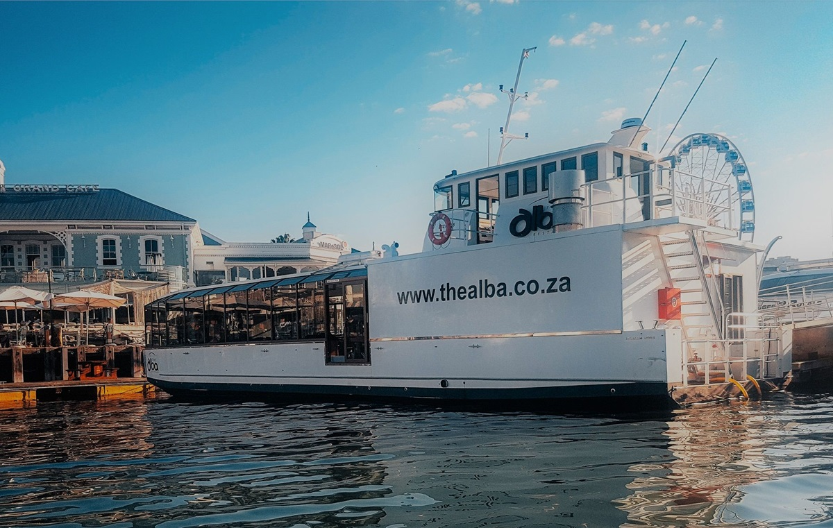 Cape Town's Alba Restaurant, A Floating Success For Sa Tourism photo