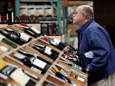 13 Tips For Getting The Best Deals On Wine At Costco photo