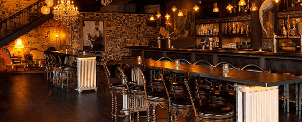 GG Most Iconic Bars Blog Commonwealth 1024x416 4 Las Vegas Bars To Add To Your Bucket List