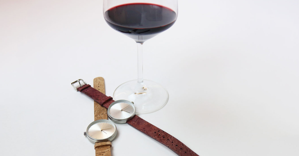 The Five Best Gifts For Your Friends Who Love Wine photo