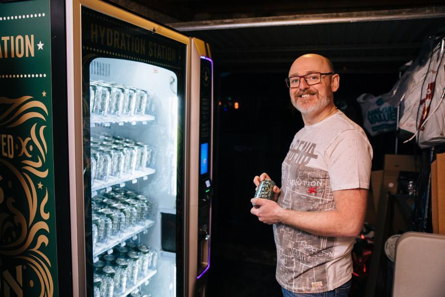 Moment Scot Is Delivered A Vending Machine Full Of Free Beer Just Before Christmas photo
