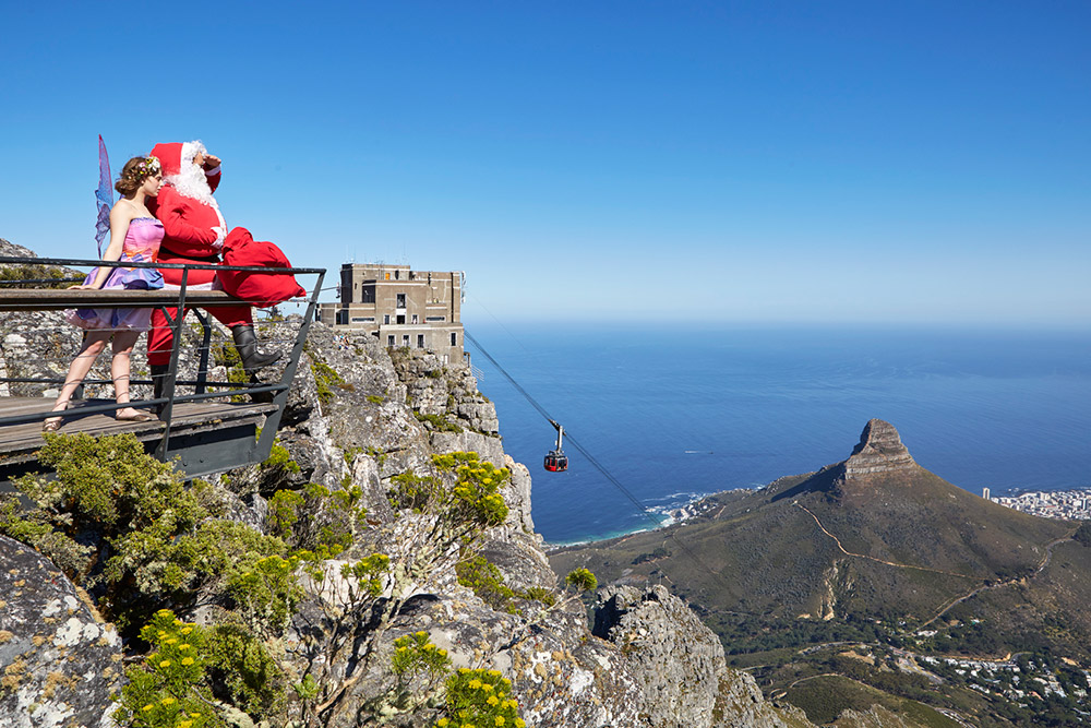 December Entertainment And Festive Giveaways At The Table Mountain Cableway photo