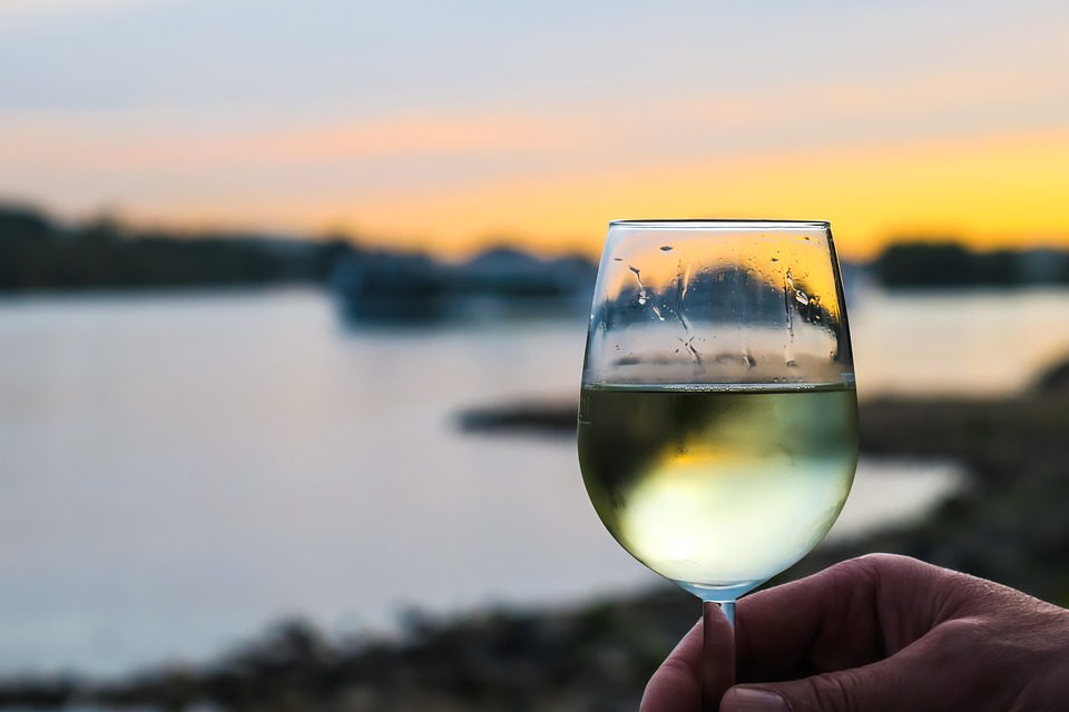 Highest Scoring Wines In The 2018 Cape White Blend Report photo