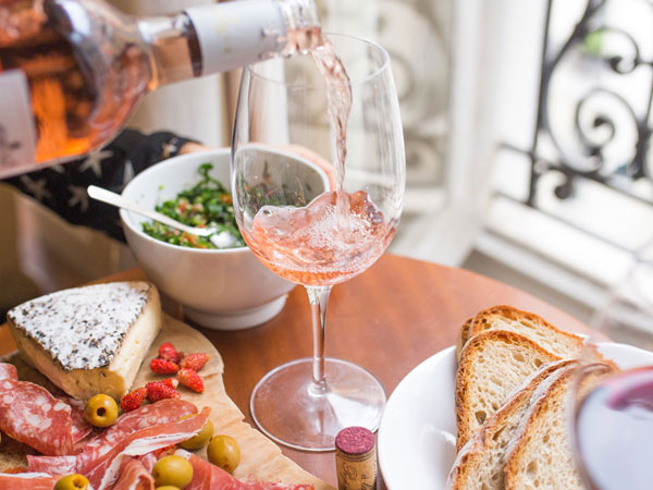 Where To Dine With Your Own Wine – And No Corkage Fee photo