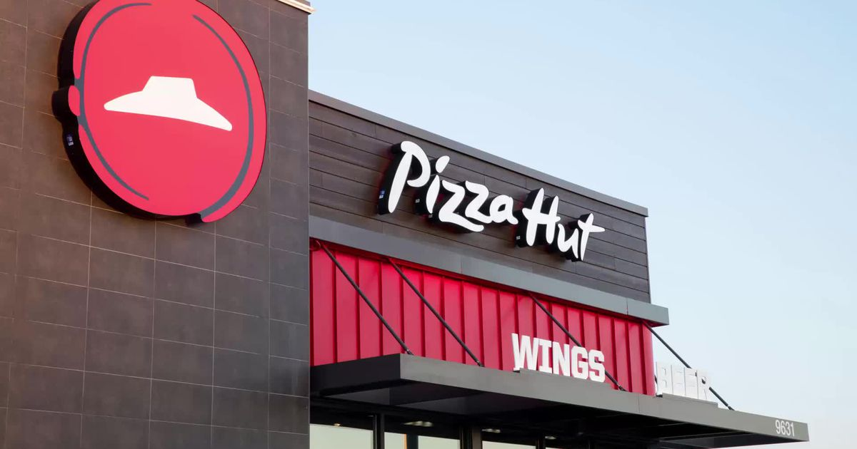 Pizza Hut's Beer Delivery Service To Grow Exponentially photo