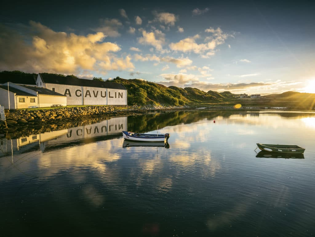 Diageo's Casks Of Distinction Highlights Exceptional Single Casks Whiskies photo