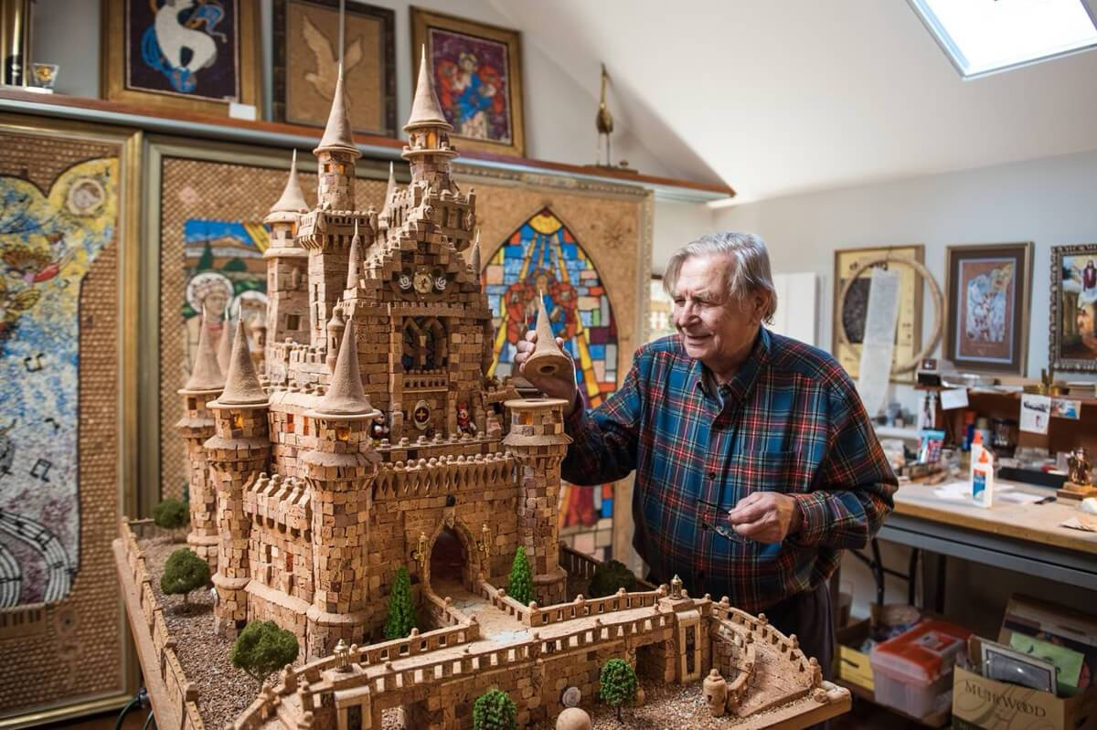 Retired Man Used 7,300 Corks To Recreate Walt Disney World's Cinderella Castle photo