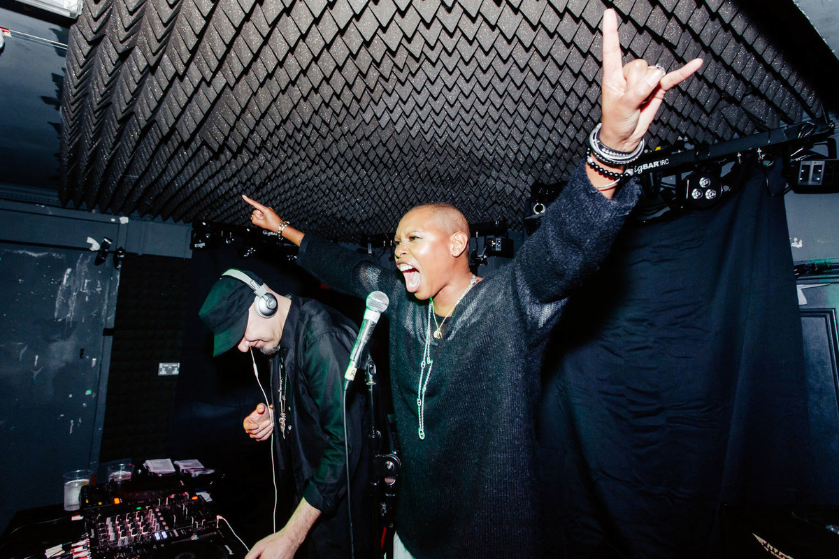 In Pictures: Skunk Anansie Rock The Kerrang! X Rizla Basement Party — Kerrang! photo